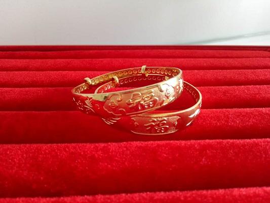 黄铜首饰机厂家为您介绍常见的首饰标识及含义